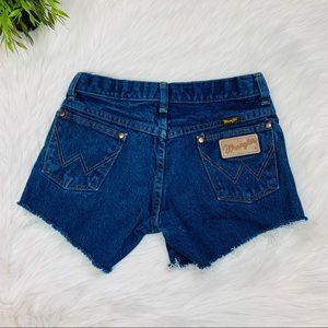 "#204 Wrangler Jean Shorts 25"""